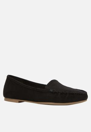 Call It Spring Jerenawe Pumps & Flats Black