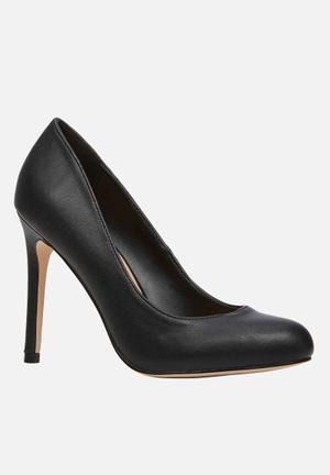 Call It Spring Magek Heels Black