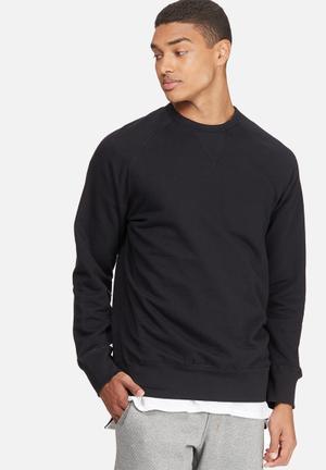 Basicthread Basic Pullover Crew Sweat Hoodies & Sweatshirts Black