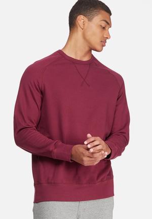 Basicthread Basic Pullover Crew Sweat Hoodies & Sweatshirts Maroon