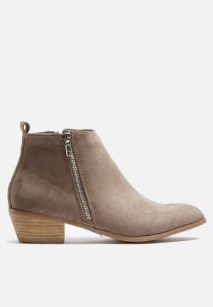 Billini Albany Boots Taupe