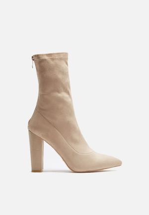 Billini Octavia Boots Stone