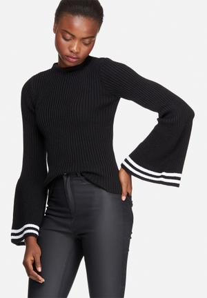Dailyfriday Fluted Sleeve Knit Knitwear Black & White