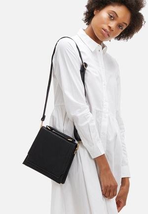 Dailyfriday Eva Sling Bag Black