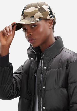 Vintage Lover Camo Cap Headwear Brown