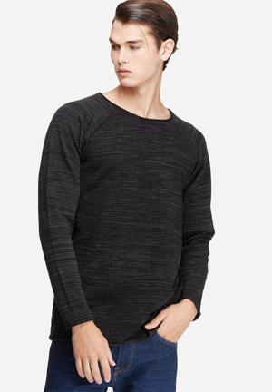 Basicthread Raw Edge Pullover Knit Knitwear Black & Grey