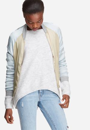 Vero Moda Nicole Bomber Jacket Oatmeal & Blue