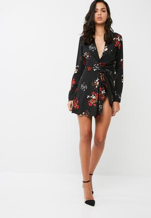 Missguided Ditsy Floral Twisted Front Shift Dress Occasion