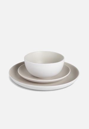 Humble & Mash 12 Piece Dinnerware Set Dining & Napery