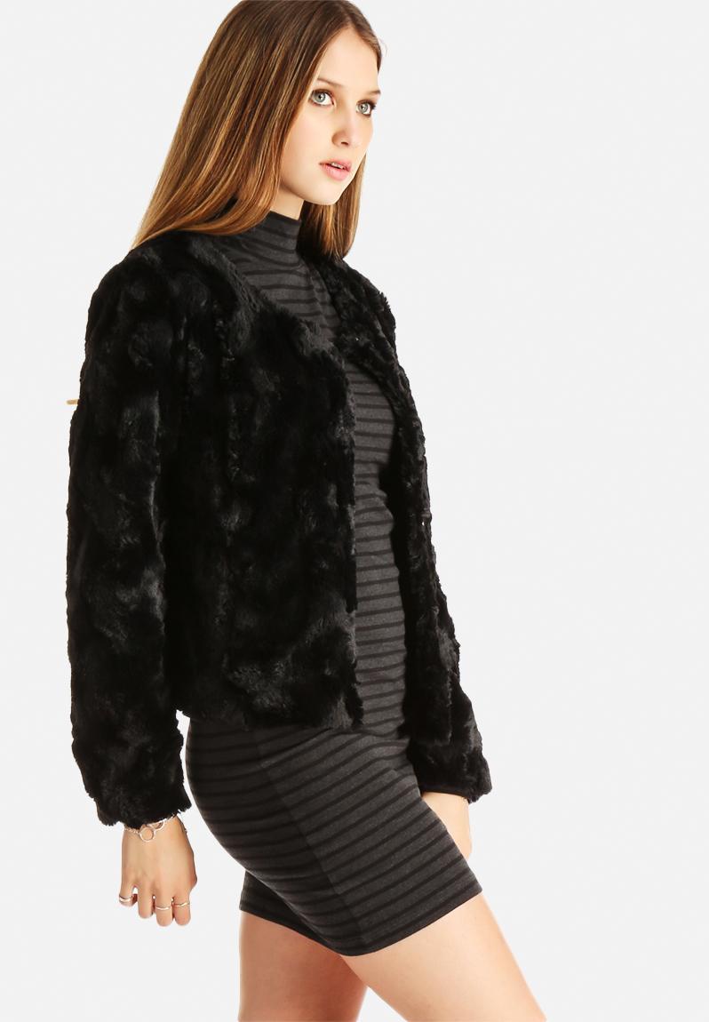 Curl Short Fake Fur Jacket - Black Vero Moda Jackets | Superbalist.com