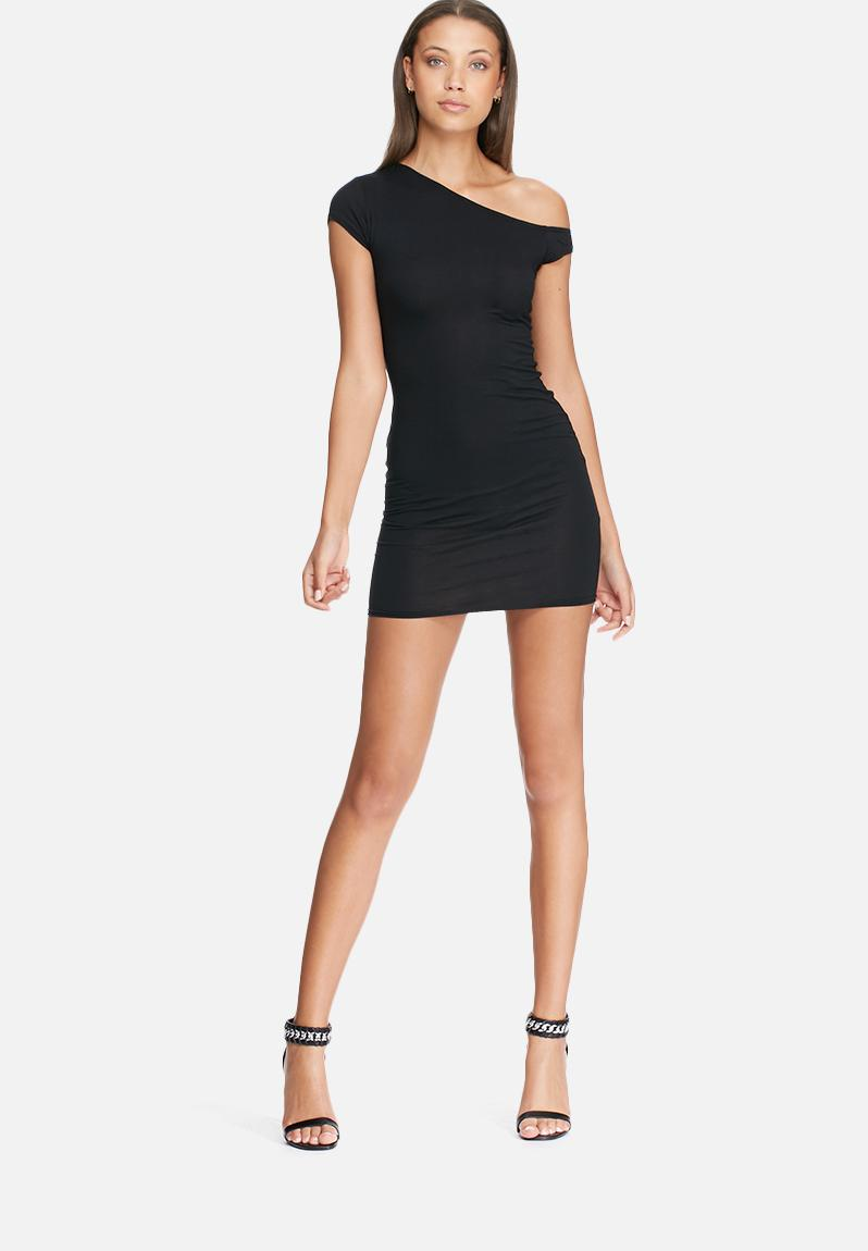 Shop for Off Shoulder Ruched T Shirt in BLACK M online at $ and discover other cheap T-Shirts at truedfil3gz.gq Cheapest and Latest women & men fashion site including categories such as dresses, shoes, bags and jewelry with free shipping all over the world.