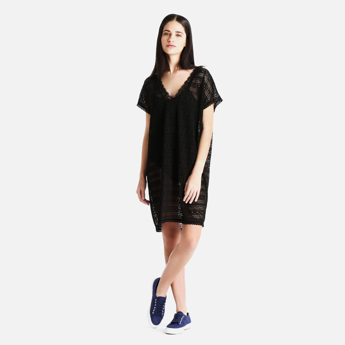 bonita black single women Single men's shirt, suit and tie purchases are full price other exclusions apply   stop by the journeys store to see the full collection of new balance for men and  women today  what's black and white and checkered allover the new sk8.