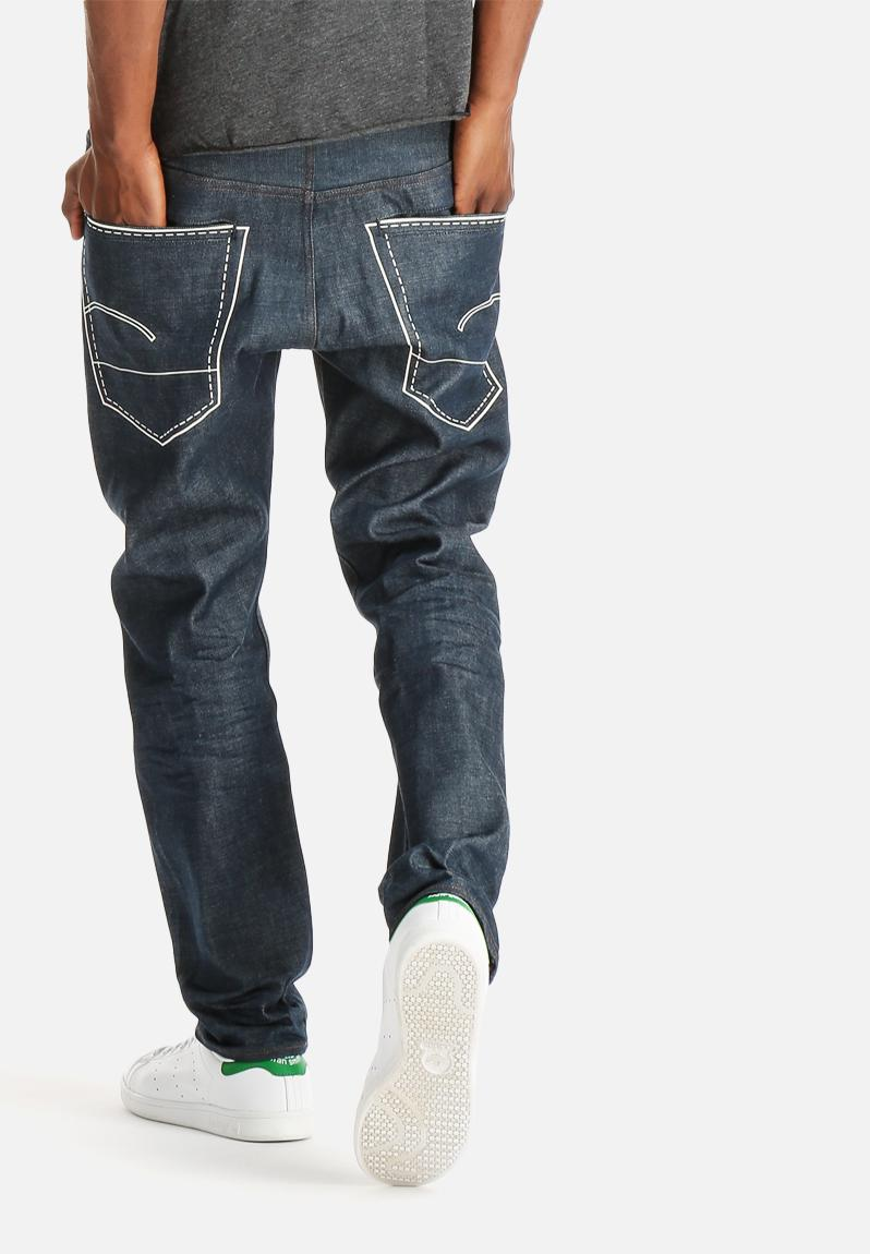 Abercrombie & Fitch jeans for men come in an amazing assortment of styles featuring quality craftsmanship since With over years of experience, each pair of A&F jeans is designed to stand the test of time.