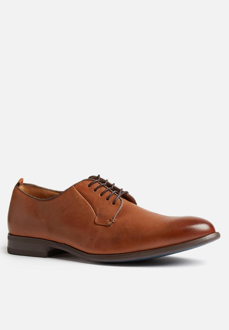 How To Clean Cognac Leather Shoes